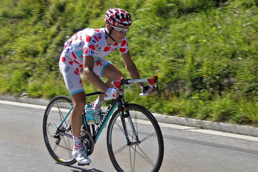 Fredrik Kessiakoff i bergatröjan på Tour de France