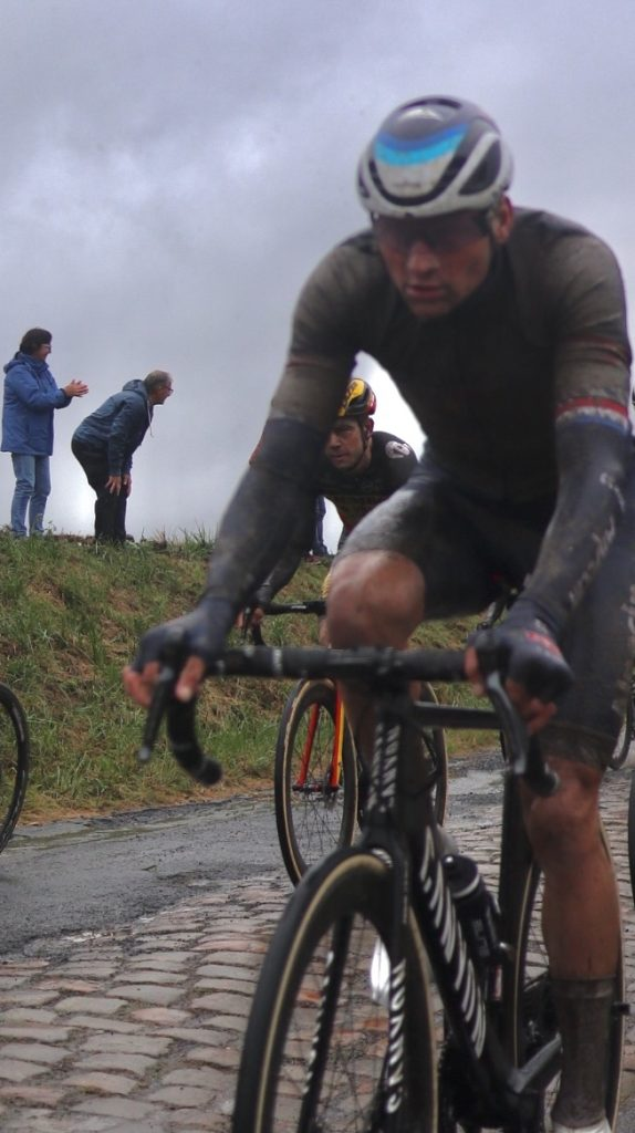 Wout van Aert & Mathieu van der Poel på Paris-Roubaix.